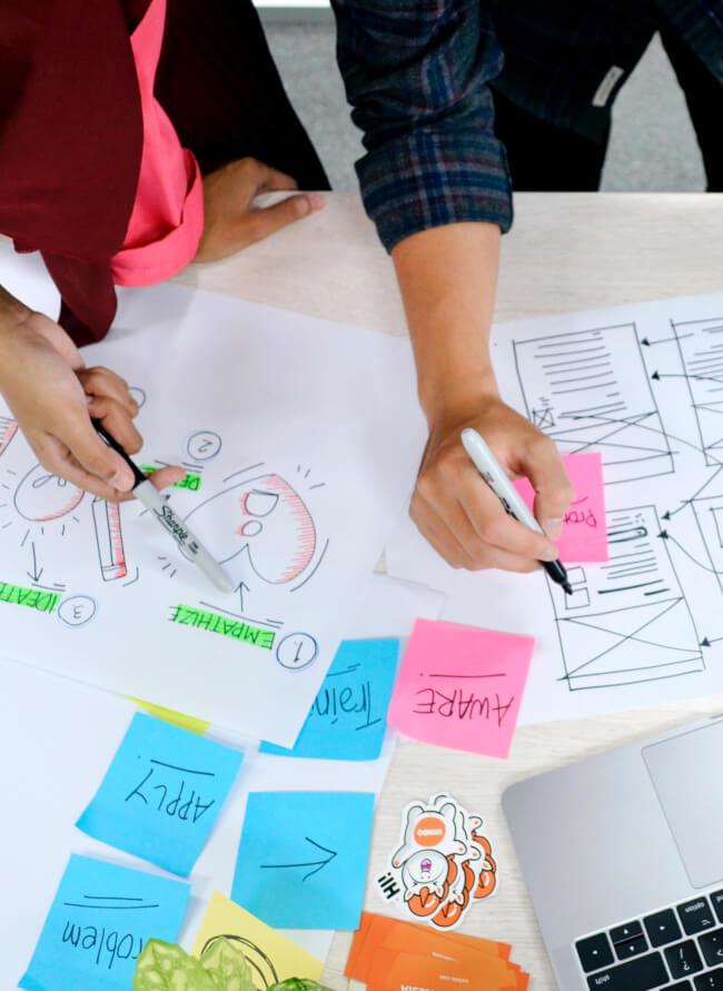 Découvrez les cas clients de HandsOnBrain : facilitation, pilotage de projets, ateliers collaboratifs, Lego Serious Play et formations, à Paris, en province et en distanciel